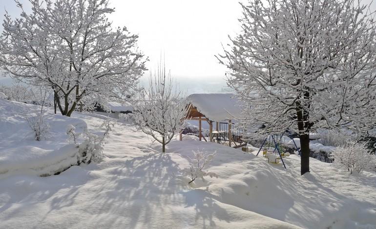 Снег во Хрватска и БиХ, се очекува и во Србија