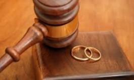 Од следната година Британците можат да се разведуваат по пат на интернет