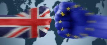 Тереза Меј го потпиша писмото до ЕУ со формалното известување за Брегзит