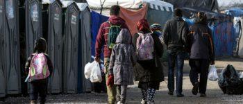 """Започна евакуацијата на мигрантите од """"Џунглата"""" во Кале"""