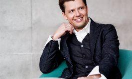 Божикен концерт на Македонска филхармонија со виолинистот Џулијан Рахлин