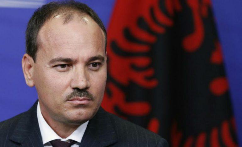 Нишани ги повика албанските партии на дијалог за компромис