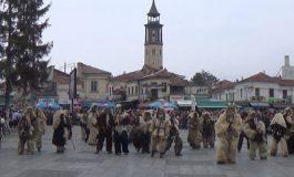 """ВИДЕО:  Преку 1.000 маски на карневалот """"Прочка"""" во Прилеп"""