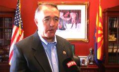 По објавувањето на врските со Сорос, американскиот конгресмен Франкс најави испитување на работата на амбасадата во Македонија