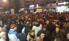 ВМРО-ДПМНЕ ЗАСЕДАВА, ПРЕД ШТАБОВИТЕ ПРОТЕСТНИ СОБИРИ