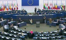 Европскиот парламент настојува да се вратат визите за државјаните на САД