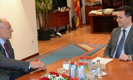 ВМРО-ДПМНЕ: Вајгл да се огради или да се извини за политичките манипулации