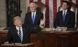 Еден поинаков Трамп. Говор полн со емоции пред вдовицата на загинат војник