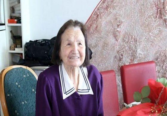 Почина доајенот на македонската народна песна Вања Лазарова