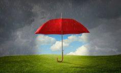 Променливо облачно, со повремен дожд и грмежи