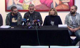 """""""За заедничка Македонија"""" пред штабовите на ВМРО-ДПМНЕ и СДСМ"""