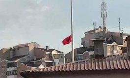 Кривична за четири лица за симнувањето на знамето во Куманово