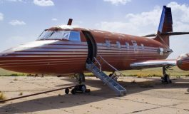 За само 430.000 долари продаден авионот на Елвис Присли