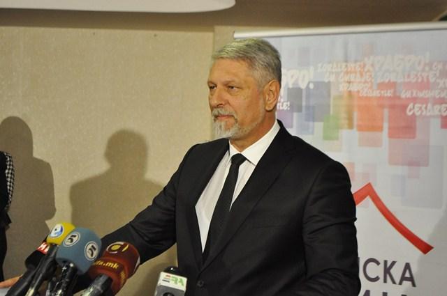 Јакимовски: Нашите браќа Албанци треба да бидат наши сојузници во одбрана на името