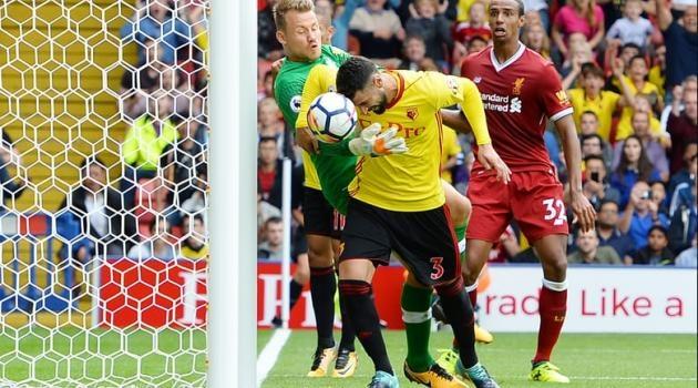 Бритос со контроверзен гол му откина два бода на Ливерпул