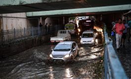 Силна бура го зафати Истанбул