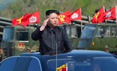 ВИДЕО: Ким Јонг Ун знае што е добро...
