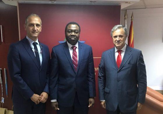 """Агенцијата за цивилно воздухопловство на Република Македонија, доби Сертификат """"Претседател на Советот на ИКАО"""" од Меѓународната организација за цивилно воздухопловство"""