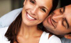 5 знаци кои покажуваат дека ве сака