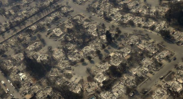 Пожарите во Калифорнија се шират, расте бројот на загинати