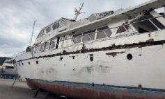 Ако ја сакате јахтата на Tито, се продава за само 80 илјади евра
