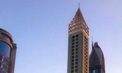 ВИДЕО:  Дубаи го отвори највисокот хотел на светот