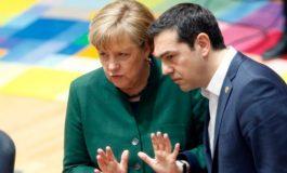 Меркел пред средбата со Заев разговарала со Ципрас на телефон