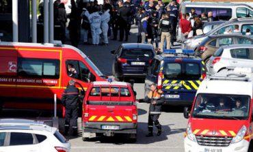 Почина францускиот полицаец кој се предаде на џихадист за да спаси живот на други